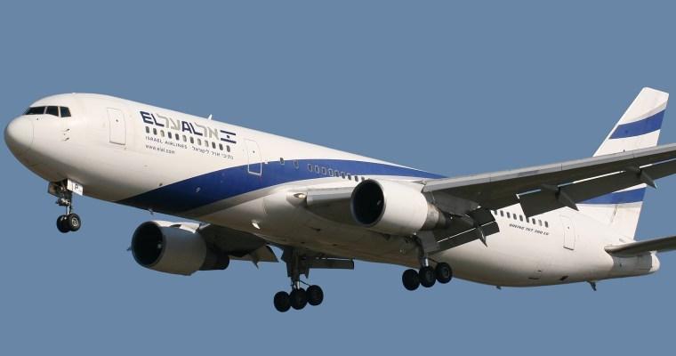Izraelské aerolinie nebudou přesazovat ženy kvůli ultraortodoxním mužům; ti se bouří
