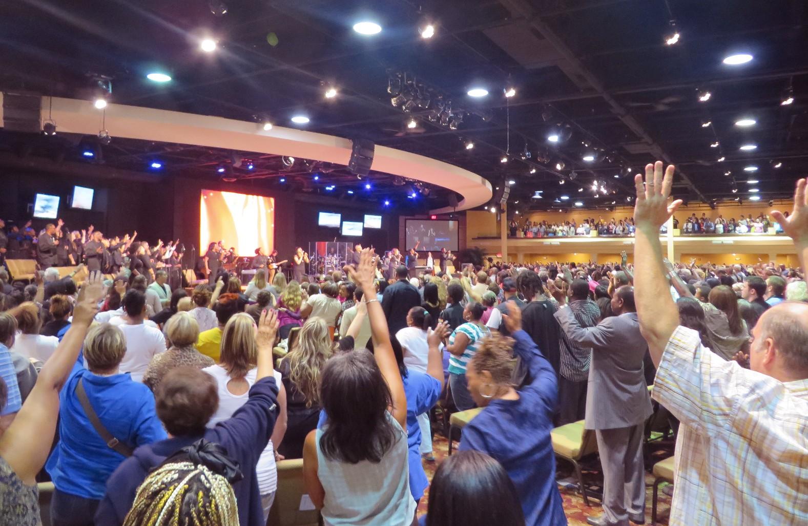 Klesá vUSA počet evanjelikálov?