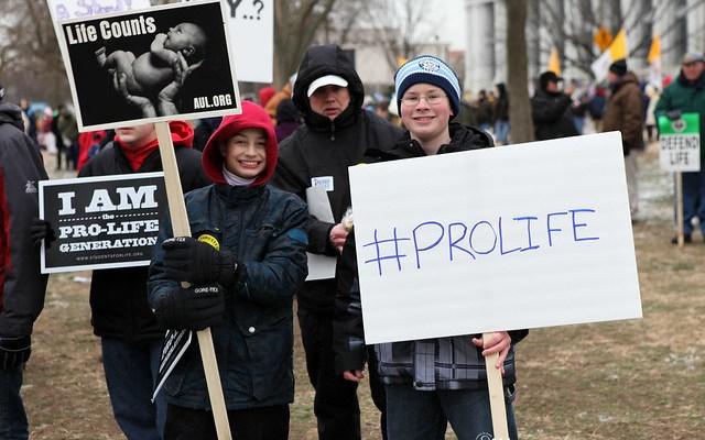 Spojené státy rozděleny kvůli potratům
