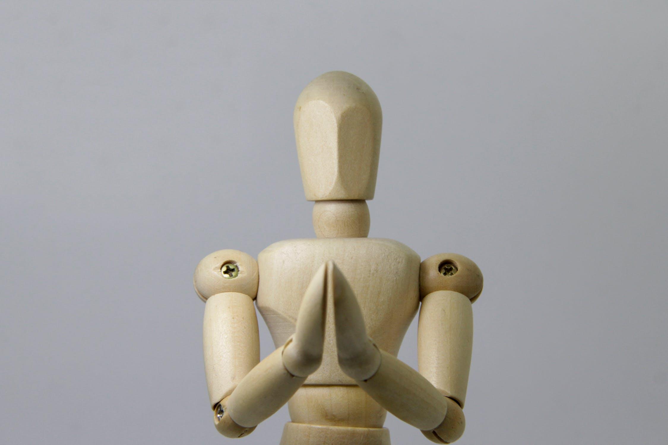 Roboti vjaponských chrámech mohou být levnější než skuteční duchovní