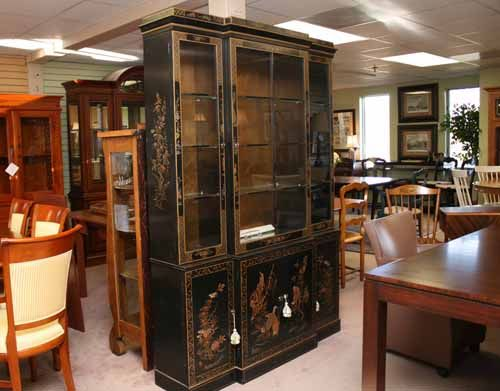 generally speaking black lacquer asian modern circa 1980s furniture is very difficult for us to sell