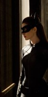 Anne-Hathaway-Selina-Kyle-Catwoman-The-Dark-Knight-Rises-2