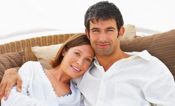 couple-heureux-et-bien-assure