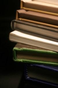superposition de livres