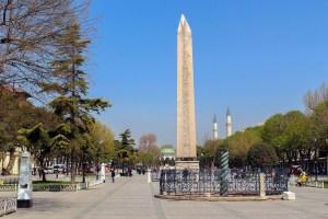 İstanbul'un En Eski Yapısı: Dikilitaş