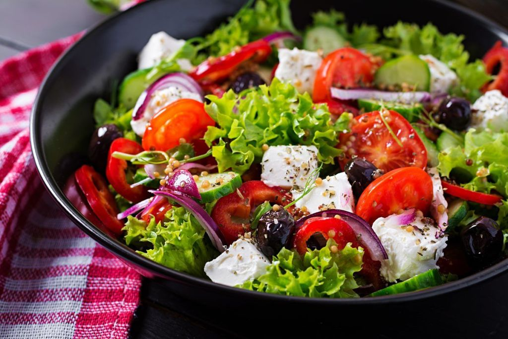 5 Fresh Salads To Prepare At Home During The Summer