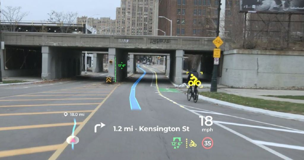 What do you think of this Panasonic Head Up Display ?: information in abundance