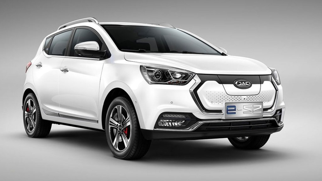 The JAC iEV7S is now on sale in Spain