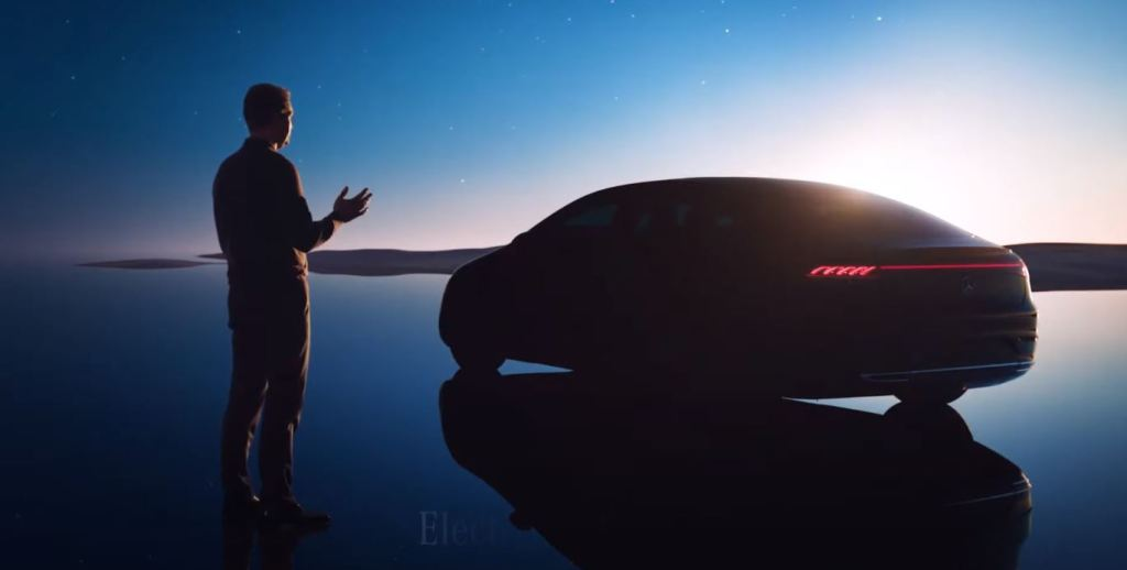 """""""The electric S-Class with 700 km of autonomy"""""""