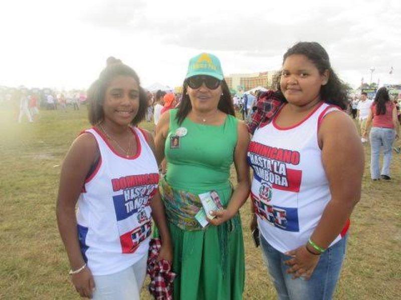 Soraya Invernizzi compartiendo con su pueblo en Orlando, Fl