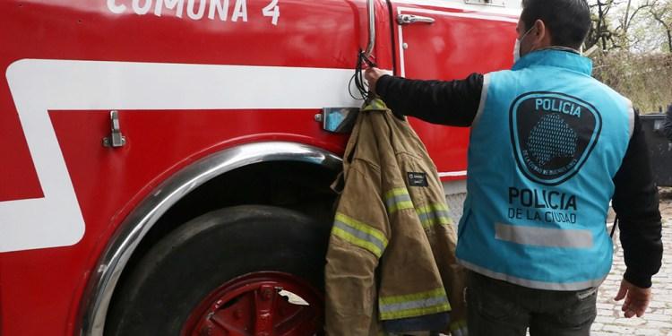 cuatro personas fueron condenadas por tener un cuartel de bomberos ilegal