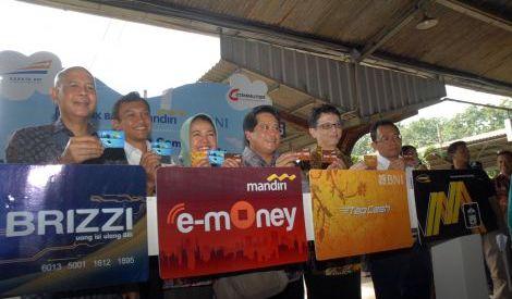 Kontribusi Transaksi e-Money Masih Minim