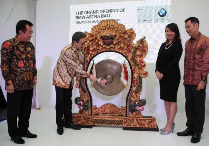 Peresmian Showroom di Bali
