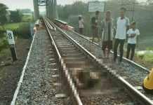Tewas Tertabrak Kereta api di Nguri
