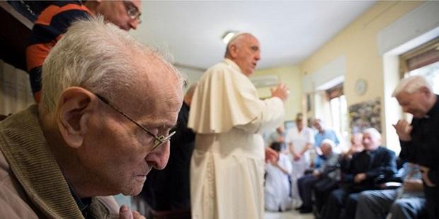 Más de 1200 sacerdotes ancianos beneficiados