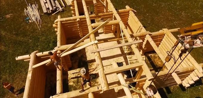 Construcción del tradicional templo católico en Eslovaquia para obsequiarlo a la Iglesia en Islandia