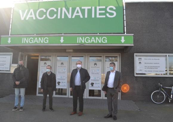 Vaccinatiecentrum is klaar maar de vaccins komen met mondjesmaat