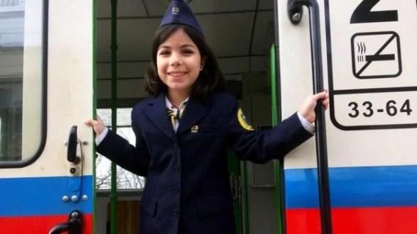 Cómo funciona el ferrocarril turístico operado por niños en Hungría