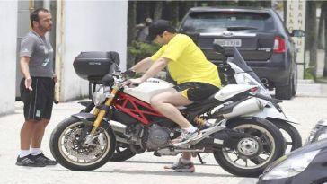 Caseiro de Murilo Benício é preso após furtar moto do ator
