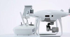 Come connettere il radicomando al drone DJI Phantom 4 Pro