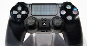 Playstation 4 Dualshock in offerta su Amazon