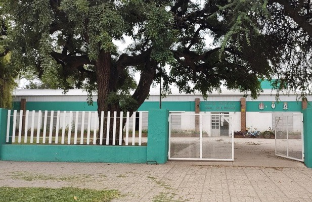 Marcos Juárez: robaron 11 notebooks del gobierno y 3 PC en una escuela.