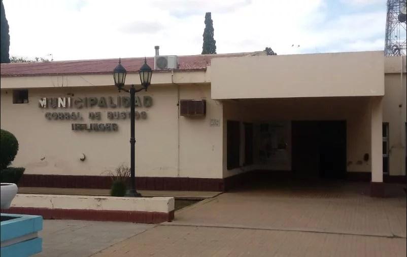 Corral de Bustos: preocupante aglomeración de jóvenes en lugares públicos