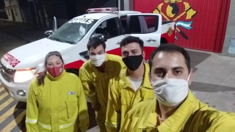 Bomberos Voluntarios de Canals prestan servicio en los incendios forestales