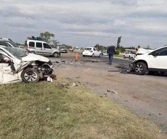 Vecinos de Viamonte sufrieron un accidente en la RN N°8.