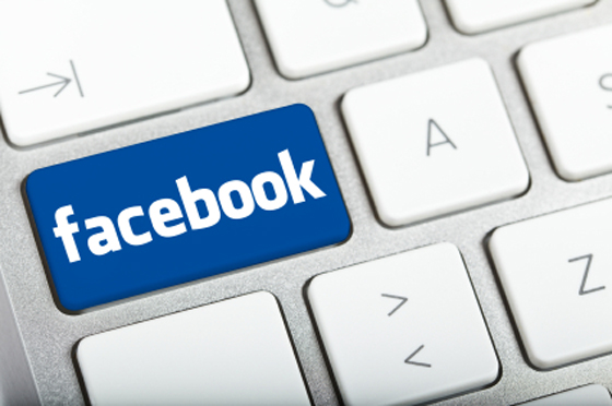 How To Status Update TO Specific People On Facebook-infogalaxy.in