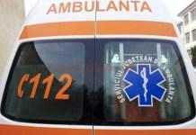 Muncitor a fost prins sub un mal de pământ, la Turcinești. Bărbatul a fost transportat la spital