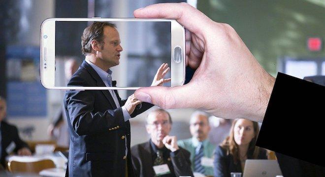 6 Things to Consider when Choosing a Keynote Speaker
