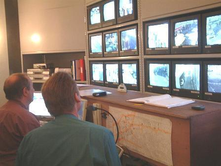 CCTV Control Room di TeignBridge - http://www.teignbridge.gov.uk/