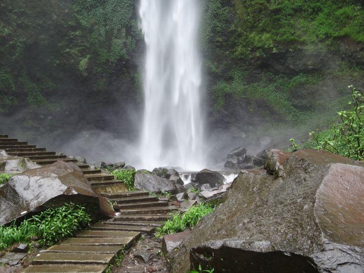 Tempat-wisata-alam-Coban-Rondo-Malang