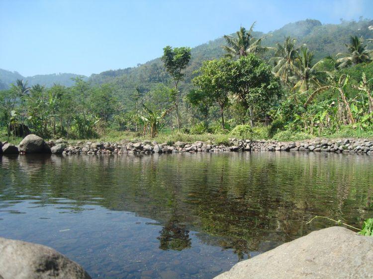 Wisata-di-Malang-Sumber-Air-Krabyakan