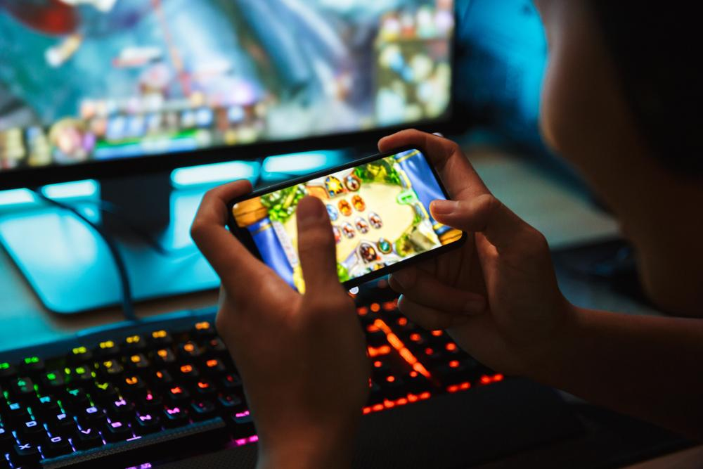 Free Mobile Games: How do they make money?