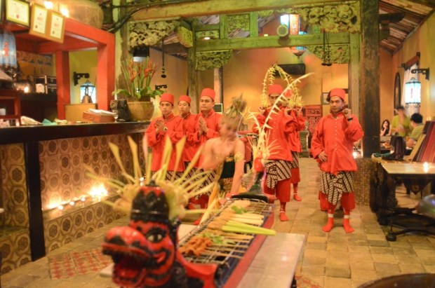 info-kuis-berhadiah-Royal-Tugudom-restoran-Lara-Djonggrang