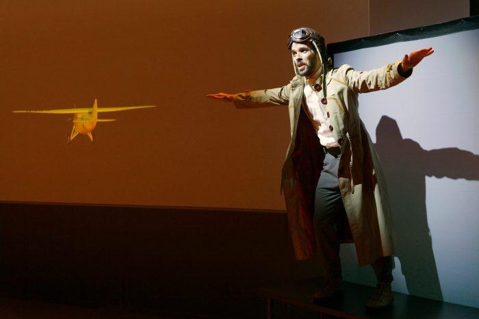 El Palacio acoge la obra infantil 'Amarillo caído del cielo. La aventura del Pájaro Amarillo' este sábado