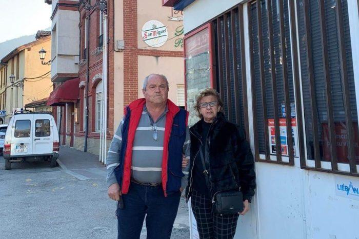 Adiós a 30 años de esfuerzo y dedicación: Lupe y Ángel cierran la gasolinera de Potes