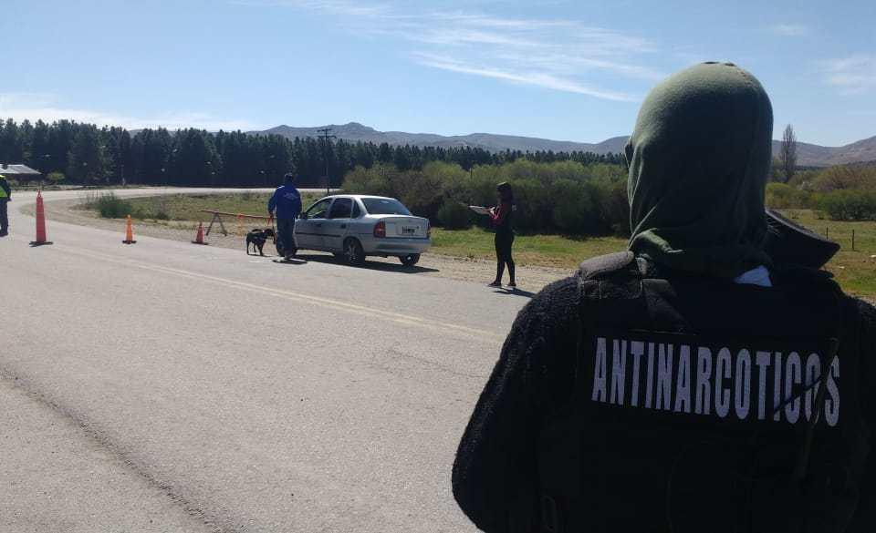 Continúan los controles preventivos de la Dirección Antinarcóticos de la Policía del Neuquén