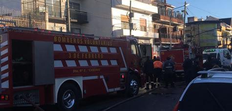 Dolor: Dos Bomberos Voluntarios fallecieron en el incendio de un edificio