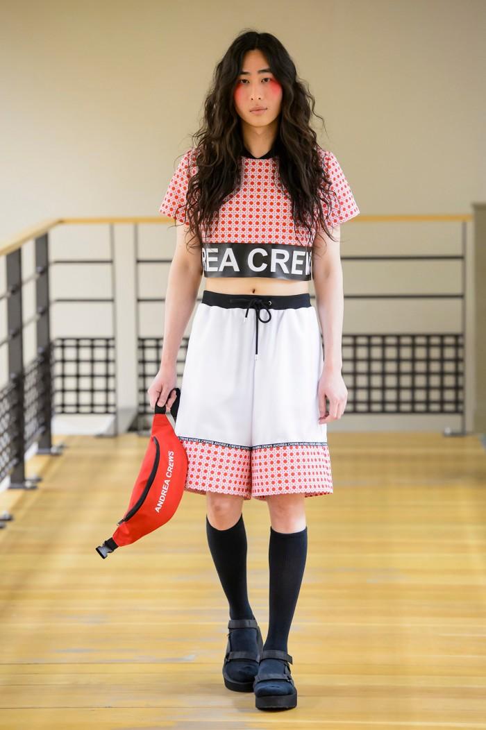Andrea-Crews-SS16-Paris-Fashion-Week-23-700x1052