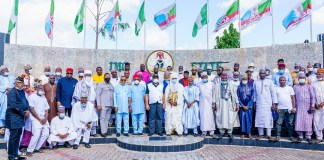 Imo Governor Receives Onions Dealers