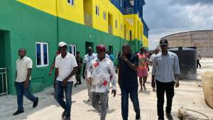 Gov. Umahi To Deliver World Class Police Quarters To Ebonyi Command