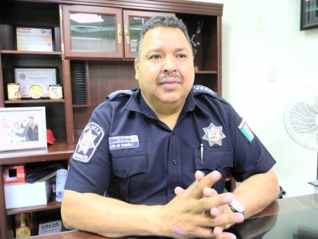 El comandante Eliseo Estrada Muñiz, jefe de Tránsito Municipal.