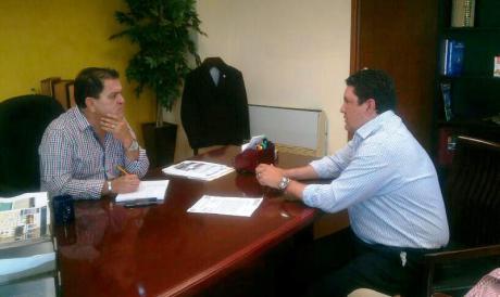El diputado nogalense se reunió con el titular de Sidur.