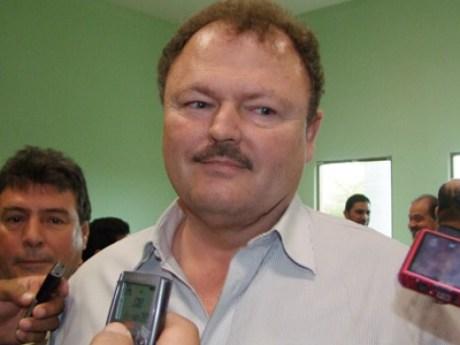 El senador Ernesto Gándara Camou.