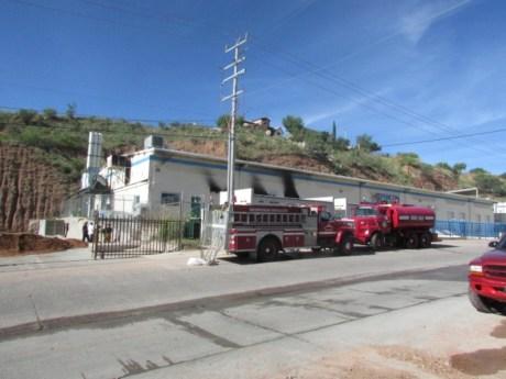 Los bomberos de Nogales atendieron el llamado.