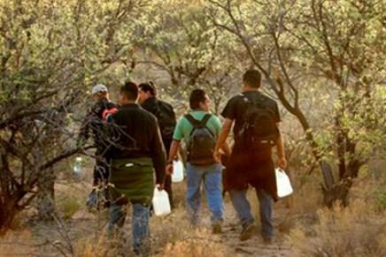 Advierten autoridades consulares sobre el riesgo de cruzar ilegalmente por el desierto en Arizona