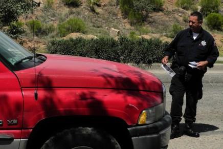 Recuperan policías municipales otros dos vehículos robados